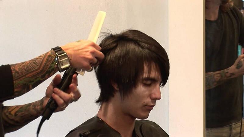 Cara Meluruskan Rambut Pria dengan Modern - Rebonding untuk Pria