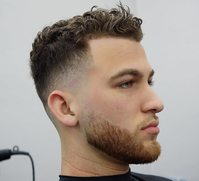 Potongan Rambut Pendek Pria - Curly Fade