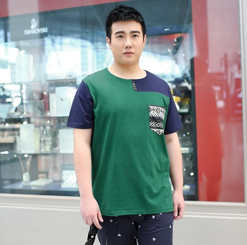 Tips memakai baju untuk pria gemuk agar terlihat kurus - Gunakan Pakaian Berbahan Ringan