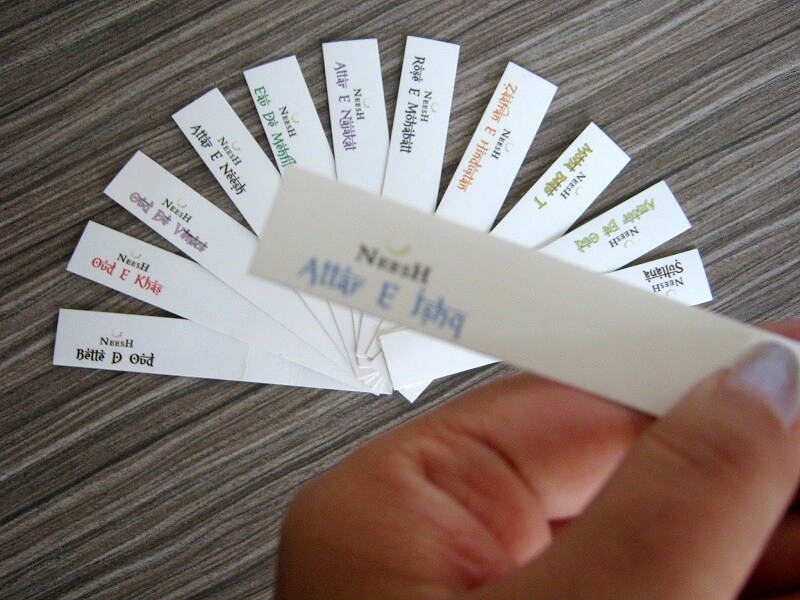 tips mengenali parfum palsu - bawa kertas tester parfum seharian
