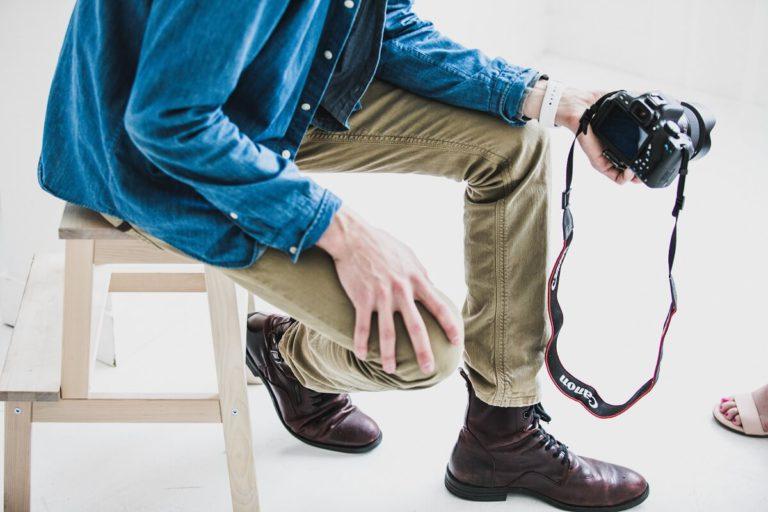 Panduan Warna Sepatu Pria