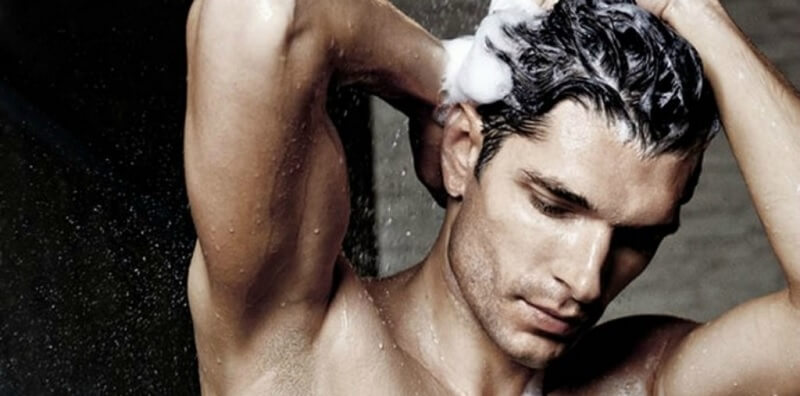 Persiapan Mencukur Rambut Sendiri - Cuci Rambut Sebelum Cukur