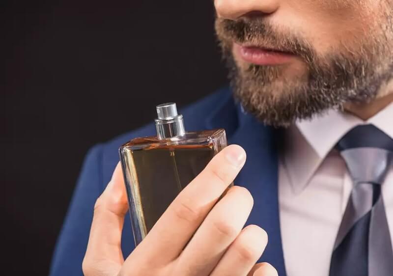 Memilih parfum Pria Sesuai Kepribadian