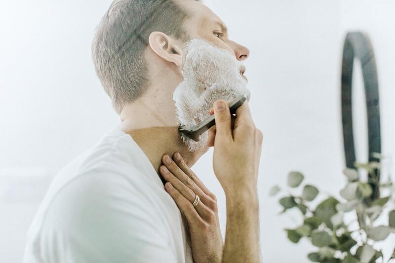 Lakukan shaving dengan benar