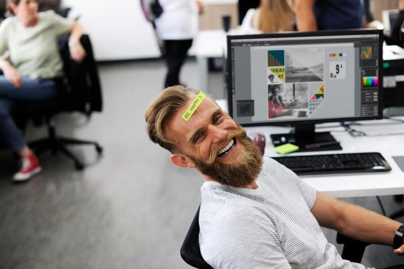 tips menghilangkan stres yang manjur - banyak tertawa