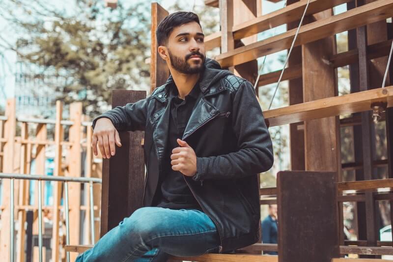 Tips Memilih Jaket Pria yang Keren