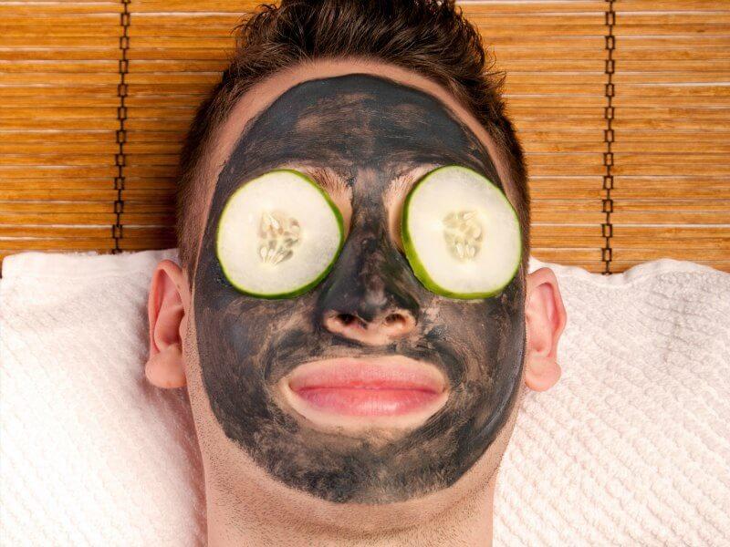 Masker Wajah pria