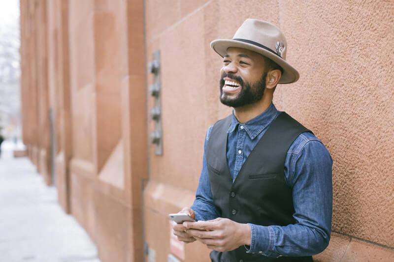 Topi Boater - topi formal untuk pria berwajah berlian
