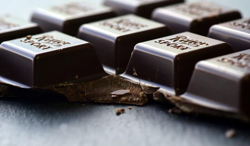 Konsumsi Cokelat Hitam