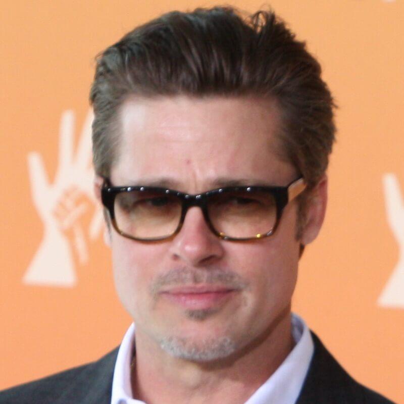 Kumis Pencil Look Brad Pitt