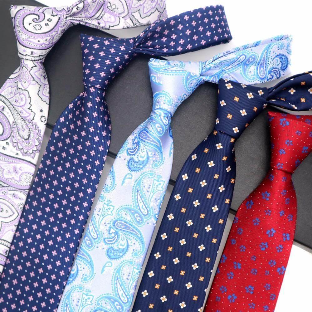 Warna dan Motif Dasi pria