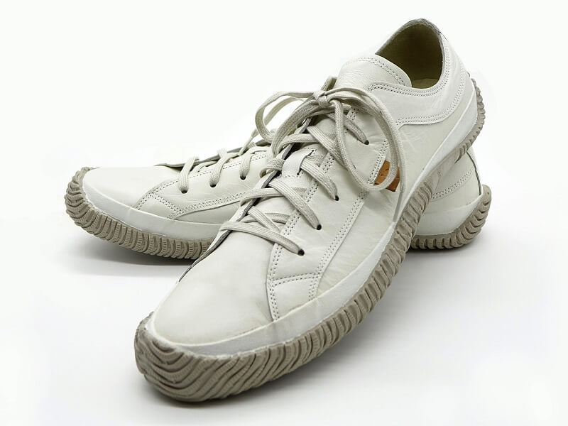 Cara Memutihkan Sepatu Bahan Kulit