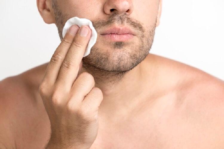 Toner untuk tipe kulit wajah kering