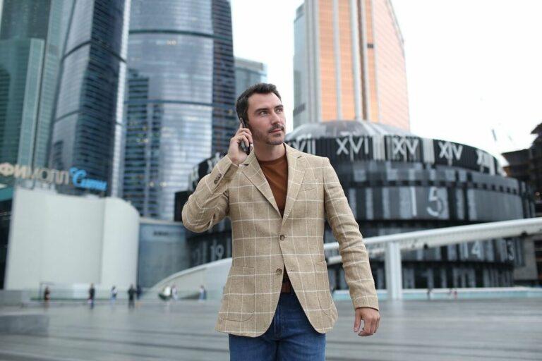 Cara Berpakaian untuk Pria Tinggi