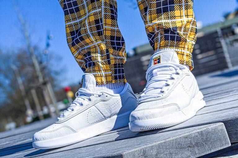 Cara Membersihkan Sneakers